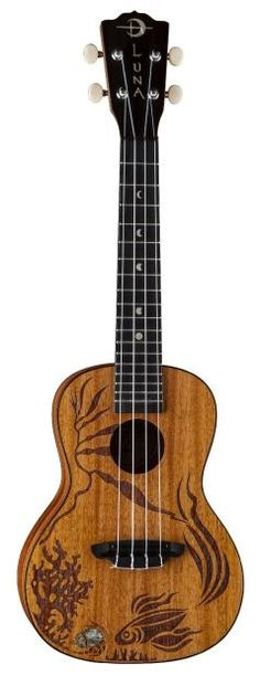 Luna Malu Acoustic-Electric Ukulele Bundle